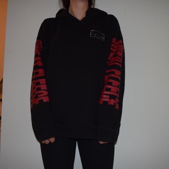 Oversized Aritzia hoodie